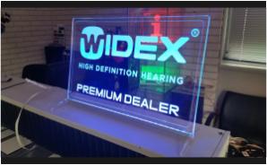 Widex-Premium-Dealer-LED-Display